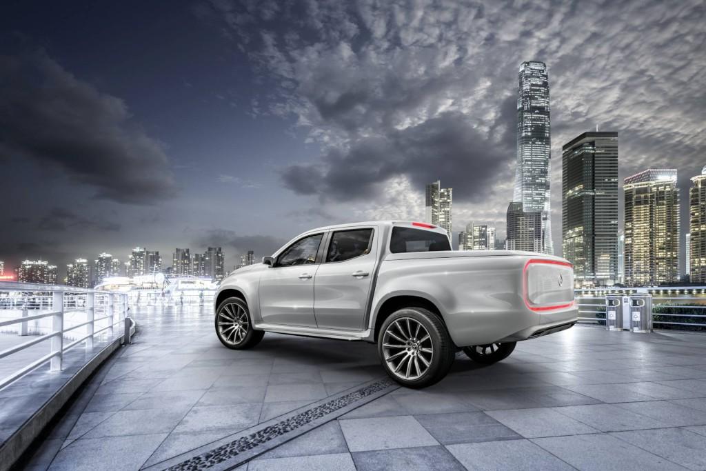 """Wizja Nowej Klasy X Mercedesa """"stylish explorer"""": progresywna stylistyka zelementami typowymi dla SUV-ów (fot.Mercedes-Benz)"""