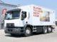 Dzięki minimalnej emisji zanieczyszczeń modele Renault Trucks zasilane CNG są z powodzeniem użytkowane w strefach o zaostrzonym rygorze emisyjnym, np. do utrzymywanie czystości ulic, wywózki śmieci czy transportu dystrybucyjnego na obszarach miejskich i podmiejskich (fot. Renault Trucks)