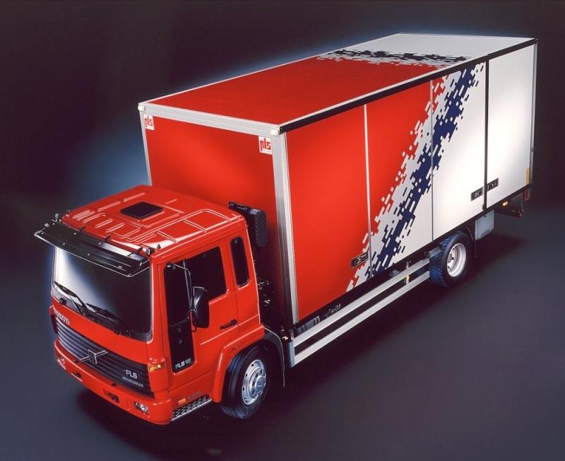 Nagrodzone w1986 r. Volvo FL wyróżniało się dbałością obezpieczeństwo ikomfort pracy kierowcy (fot.Volvo)