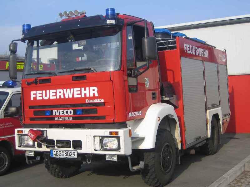 W odmianie pożarniczej ciężarówka nosiła nazwę Iveco EuroFire (fot.Feuerwehr Niederhan)