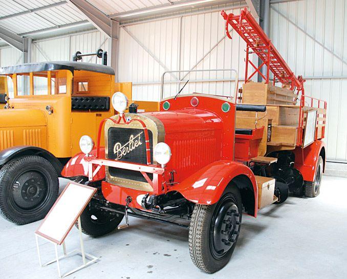 Przedwojenny wóz strażacki (fot.D. Piernikarski)